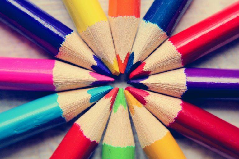 colored-pencils-4031668_1920